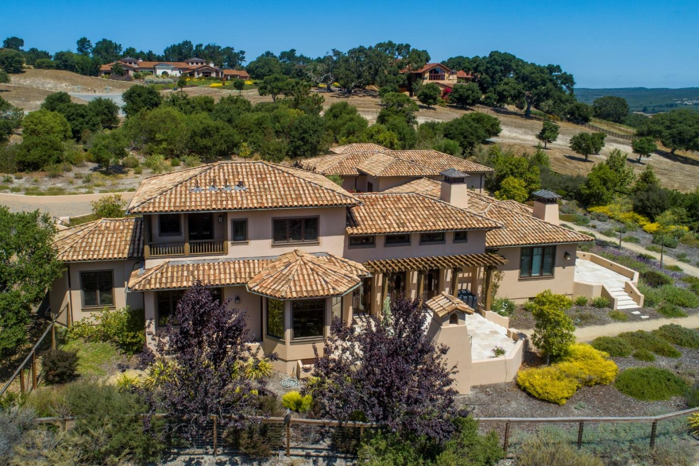 Photo of 7548 Monterra Ranch RD, MONTEREY, CA 93940