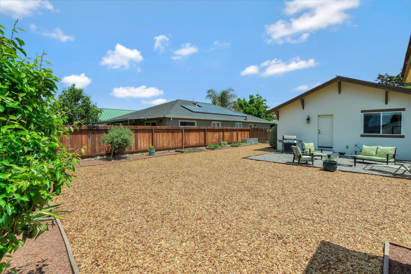 Detail Gallery Image 1 of 1 For 30 N Sally St, Hollister, CA, 95023 - 3 Beds | 1 Baths