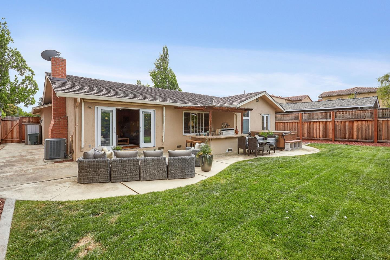 149 BERWICK WAY, SUNNYVALE, CA 94087  Photo 18