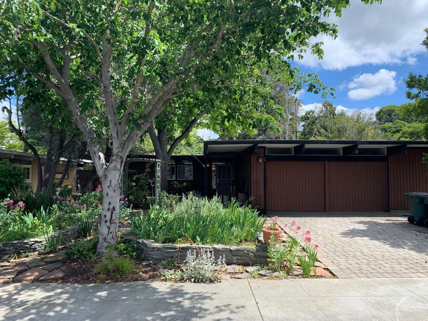 722 SEMINOLE WAY, PALO ALTO, CA 94303