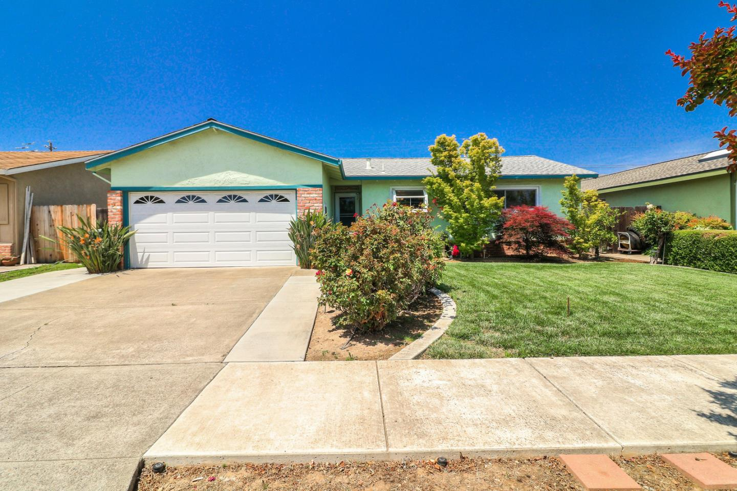 Detail Gallery Image 1 of 1 For 771 La Alondra Way, Gilroy, CA 95020 - 3 Beds | 2 Baths