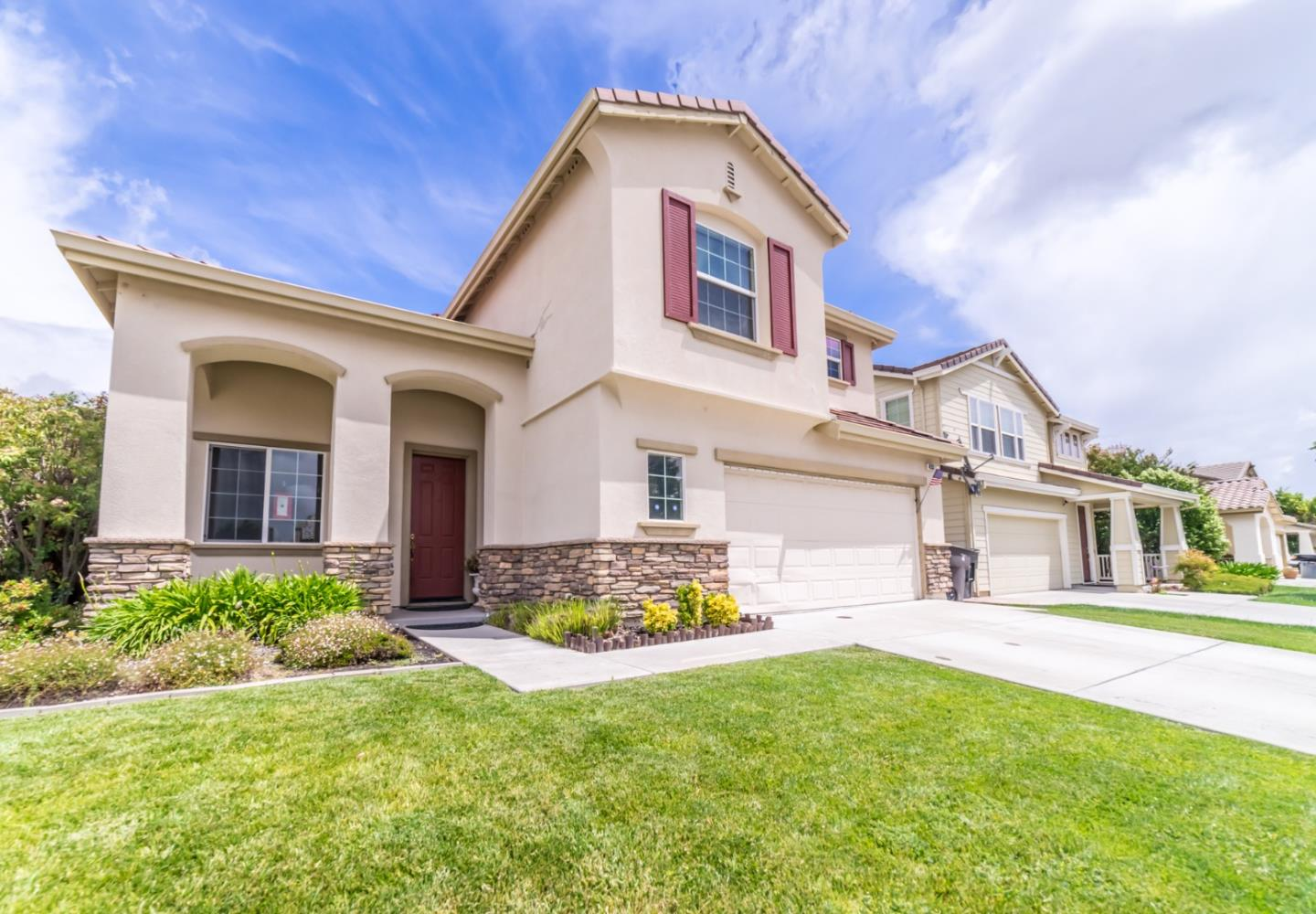 Detail Gallery Image 1 of 1 For 433 Lasata Dr, Tracy, CA, 95377 - 3 Beds | 2/1 Baths