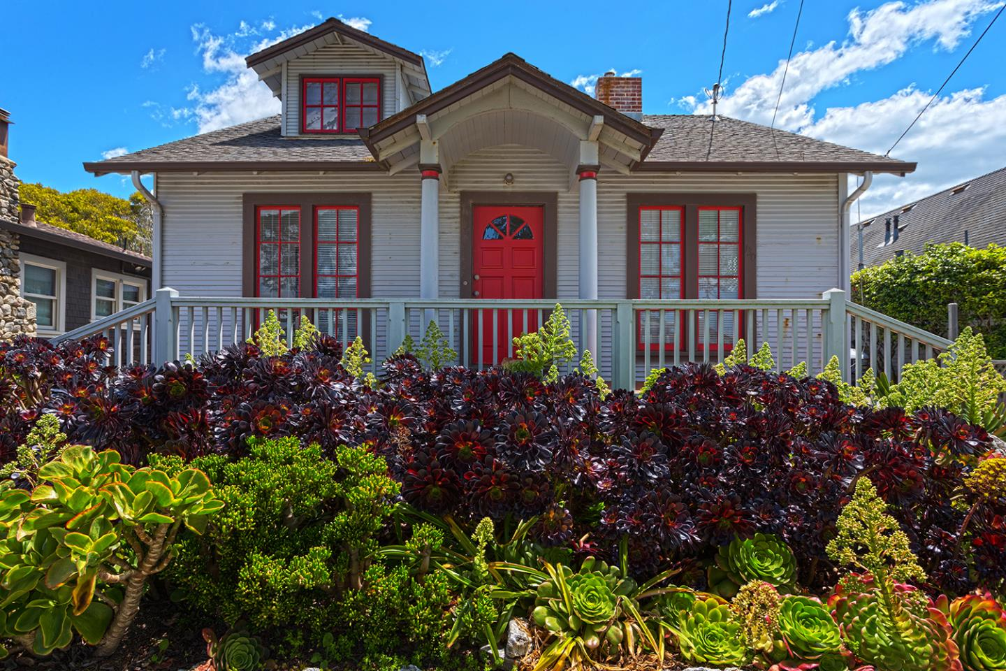 Detail Gallery Image 1 of 1 For 130 Sunny Cove Dr, Santa Cruz, CA 95062 - 3 Beds   2 Baths