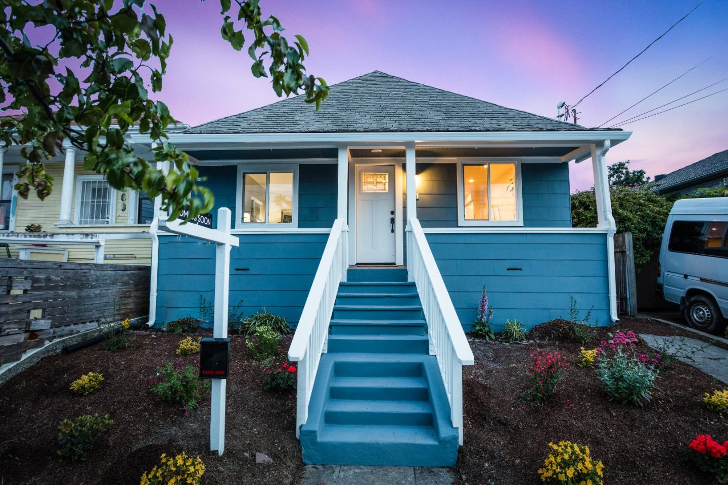 Detail Gallery Image 1 of 1 For 871 43rd St, Oakland,  CA 94608 - 3 Beds   1 Baths