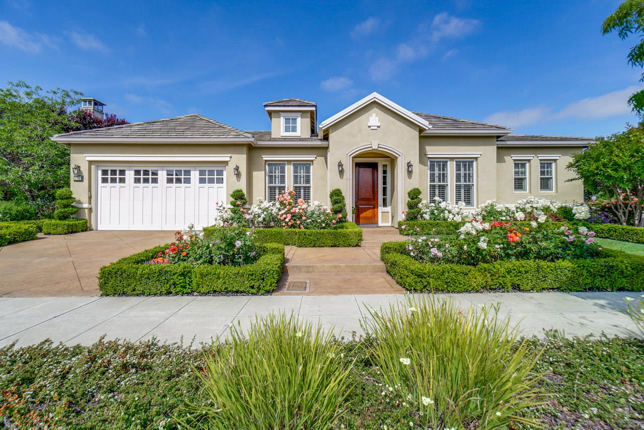 Detail Gallery Image 1 of 1 For 2700 Pavo Ln, Mountain View, CA 94040 - 4 Beds | 2/1 Baths