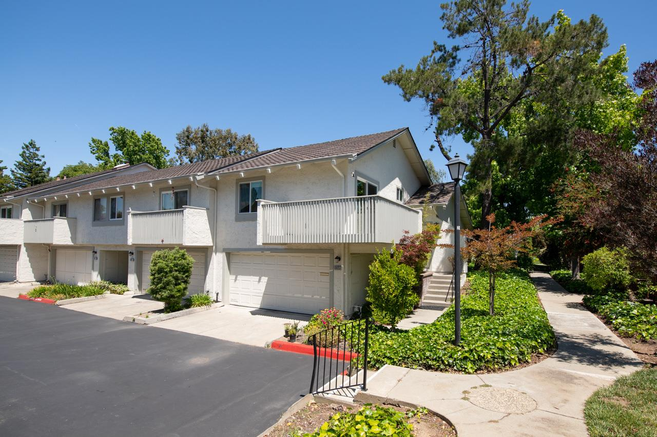 Detail Gallery Image 1 of 1 For 10935 Northview Sq, Cupertino, CA 95014 - 2 Beds | 2 Baths
