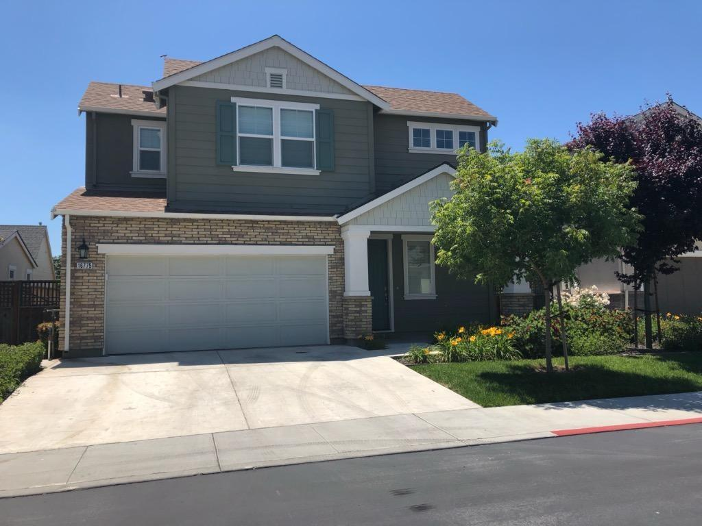 Detail Gallery Image 1 of 9 For 16775 San Dimas Ln, Morgan Hill, CA, 95037 - 4 Beds   3/1 Baths