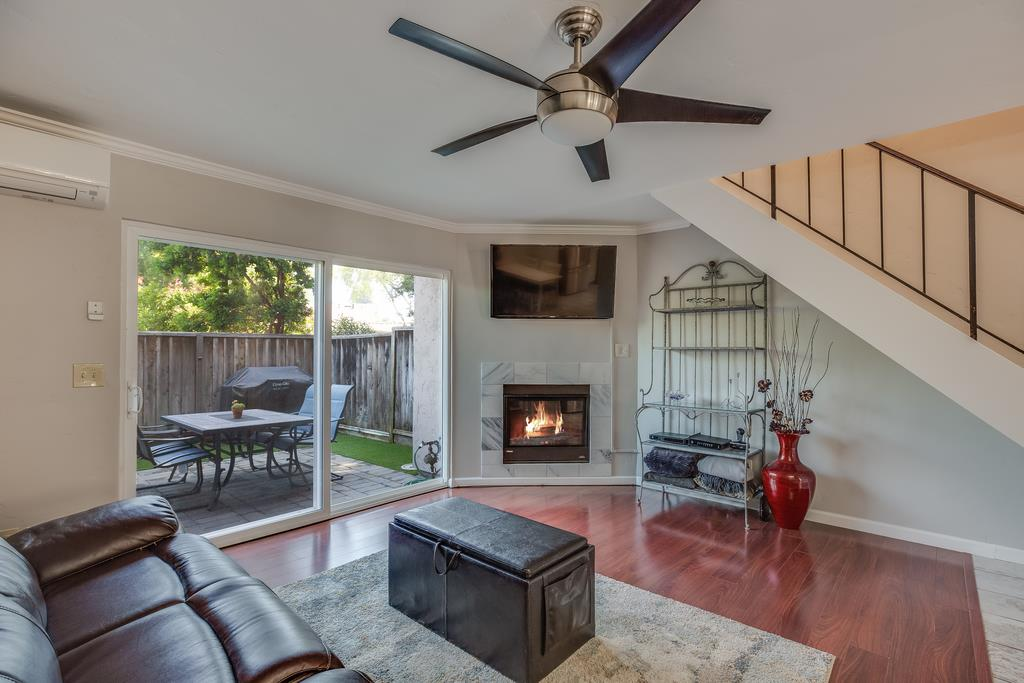 Detail Gallery Image 1 of 1 For 1524 Pine Glen Ct, San Jose, CA 95125 - 2 Beds | 1/1 Baths