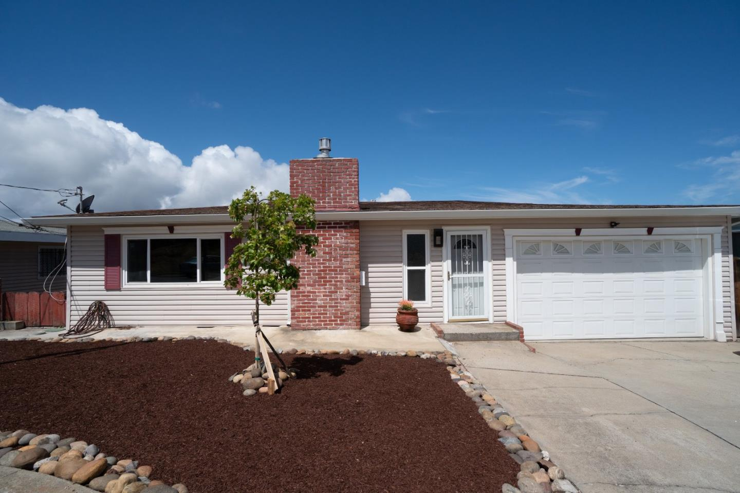 Photo of 1265 Vallejo ST, SEASIDE, CA 93955