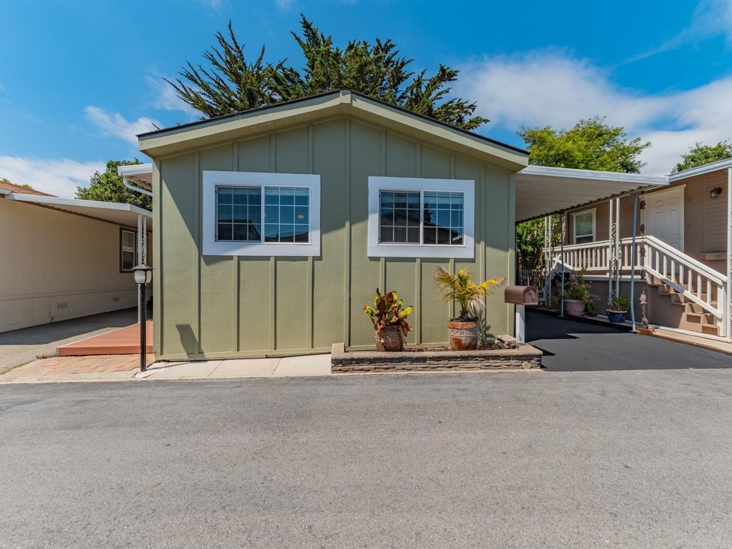 Detail Gallery Image 1 of 1 For 920 Capitola Ave #12, Capitola, CA 95010 - 2 Beds | 2 Baths