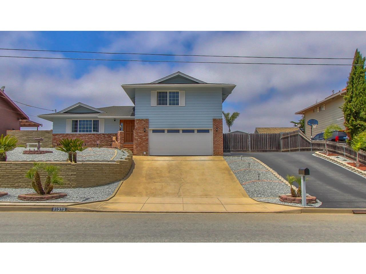 Detail Gallery Image 1 of 1 For 19370 Bellinzona Ave, Salinas,  CA 93906 - 3 Beds | 2/1 Baths