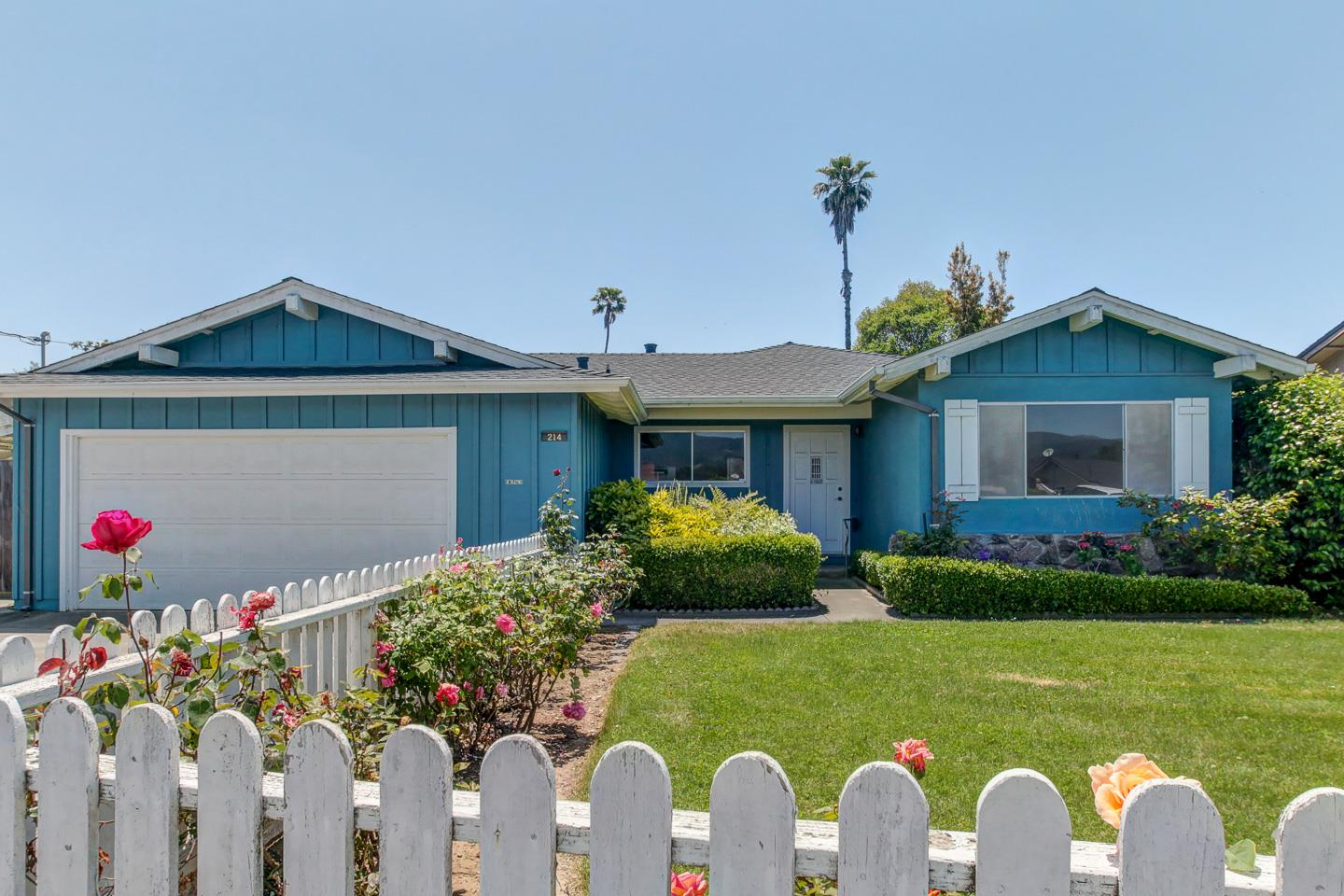 Detail Gallery Image 1 of 1 For 214 Mesa Verde Dr, Watsonville, CA 95076 - 4 Beds | 2 Baths