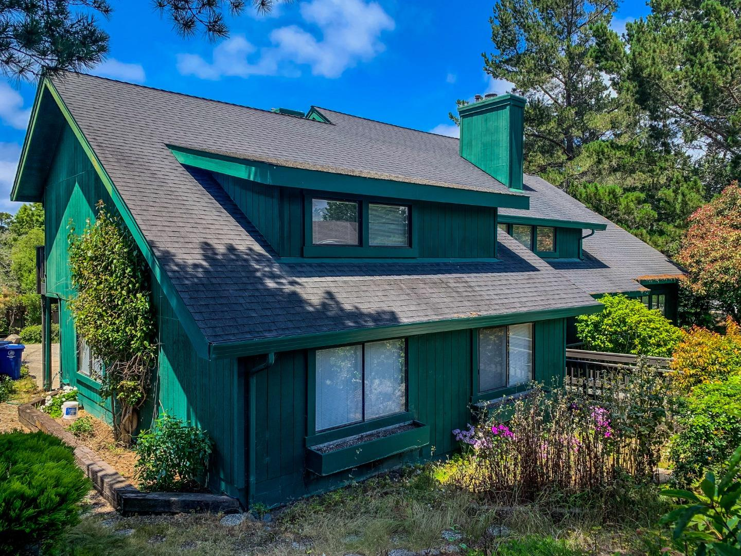 Detail Gallery Image 1 of 1 For 22 Deer Forest Dr, Monterey,  CA 93940 - 4 Beds | 2/1 Baths