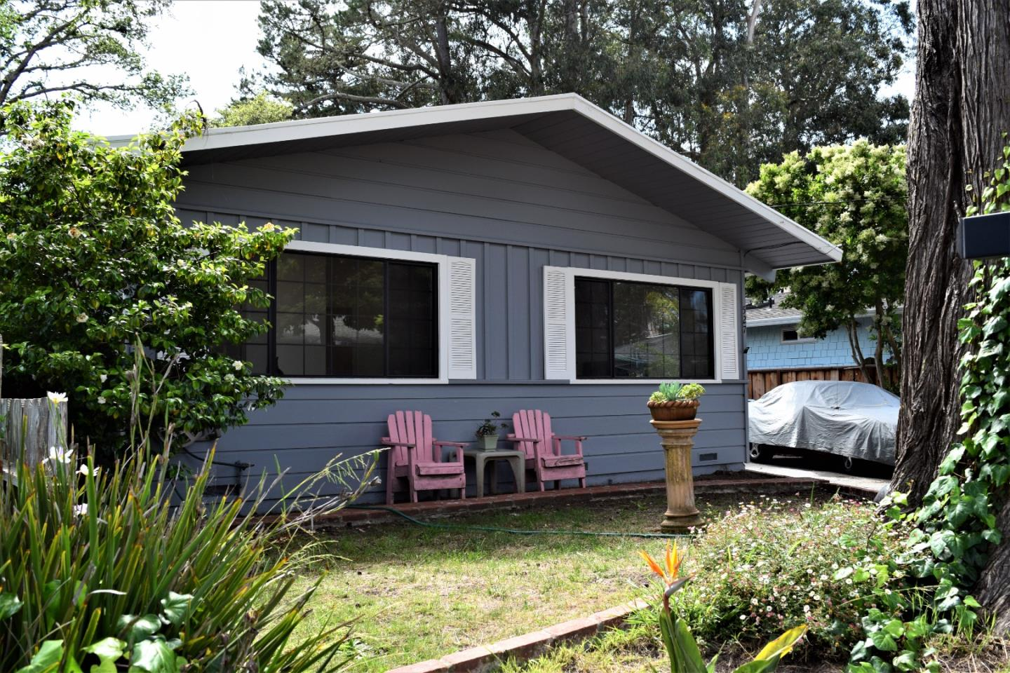Detail Gallery Image 1 of 17 For 527 Pine St, Aptos, CA, 95003 - 3 Beds | 2 Baths