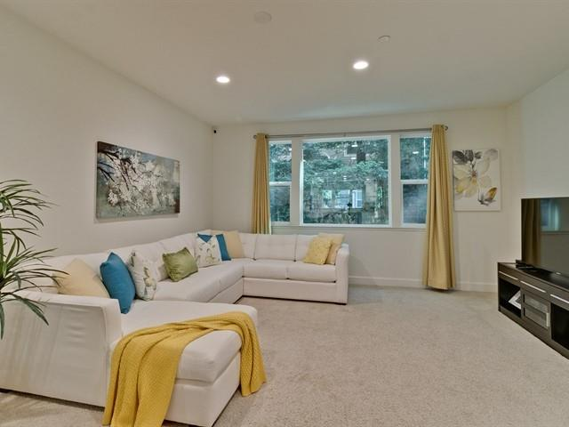 Detail Gallery Image 1 of 1 For 788 Bramble Ter, Sunnyvale, CA 94086 - 3 Beds | 3/1 Baths