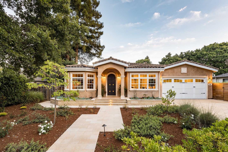 Detail Gallery Image 1 of 34 For 364 Benvenue Ave, Los Altos, CA, 94024 - 4 Beds | 4/1 Baths
