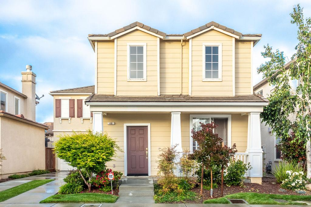 Detail Gallery Image 1 of 34 For 46 Villa St, Watsonville, CA, 95076 - 3 Beds | 2/1 Baths