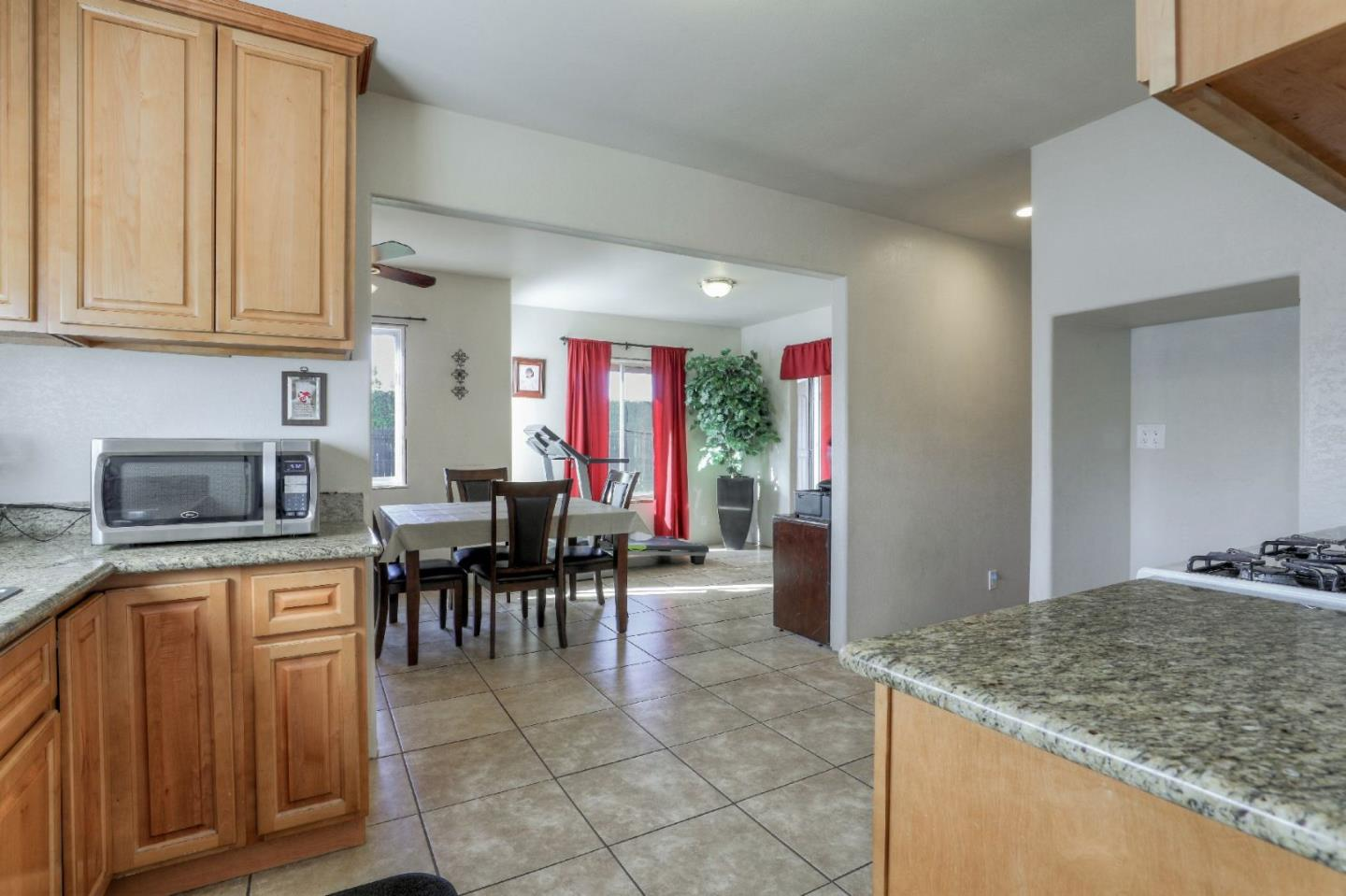 304 PERSIAN DR, SUNNYVALE, CA 94089  Photo 5