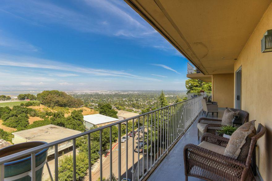 Detail Gallery Image 1 of 1 For 416 Portofino Dr #203,  San Carlos,  CA 94070 - 2 Beds | 2/1 Baths