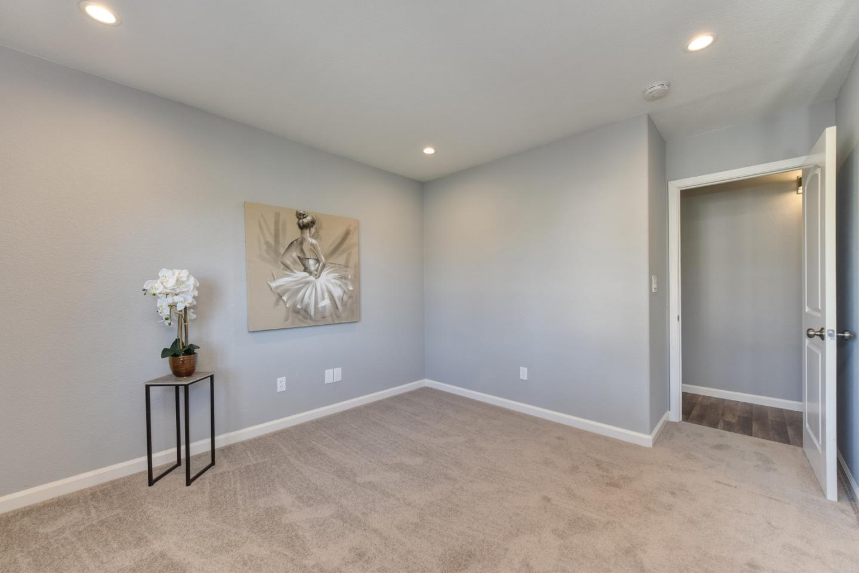 6 Danridge Place, PITTSBURG, CA 94565