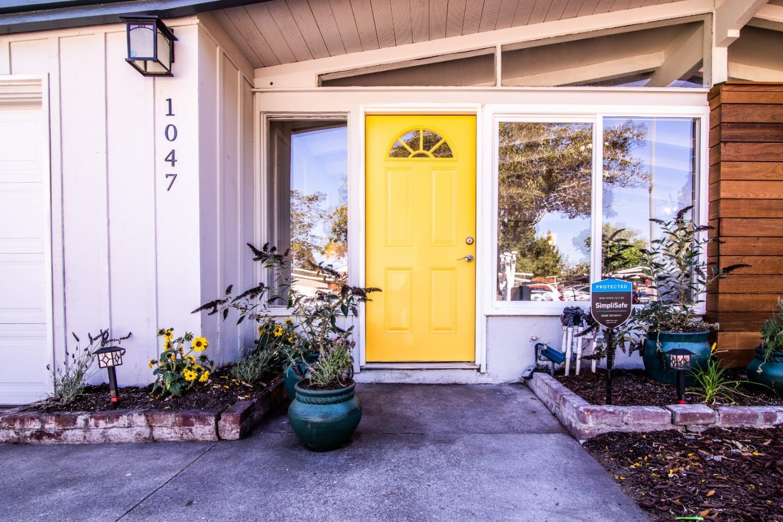 1047 BLAZINGWOOD DR, SUNNYVALE, CA 94089