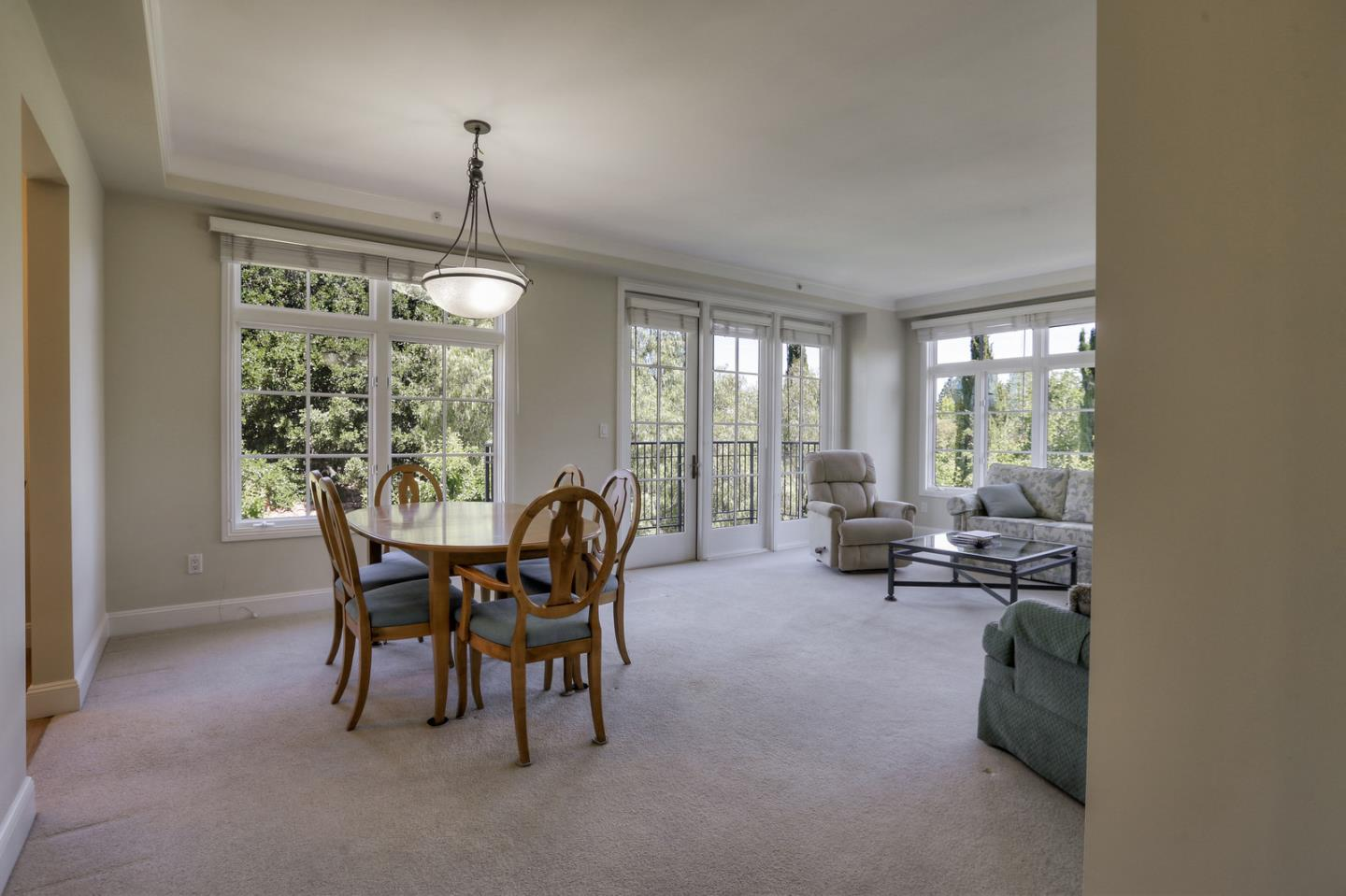 Detail Gallery Image 1 of 19 For 555 Byron St #302, Palo Alto, CA 94301 - 2 Beds | 2 Baths