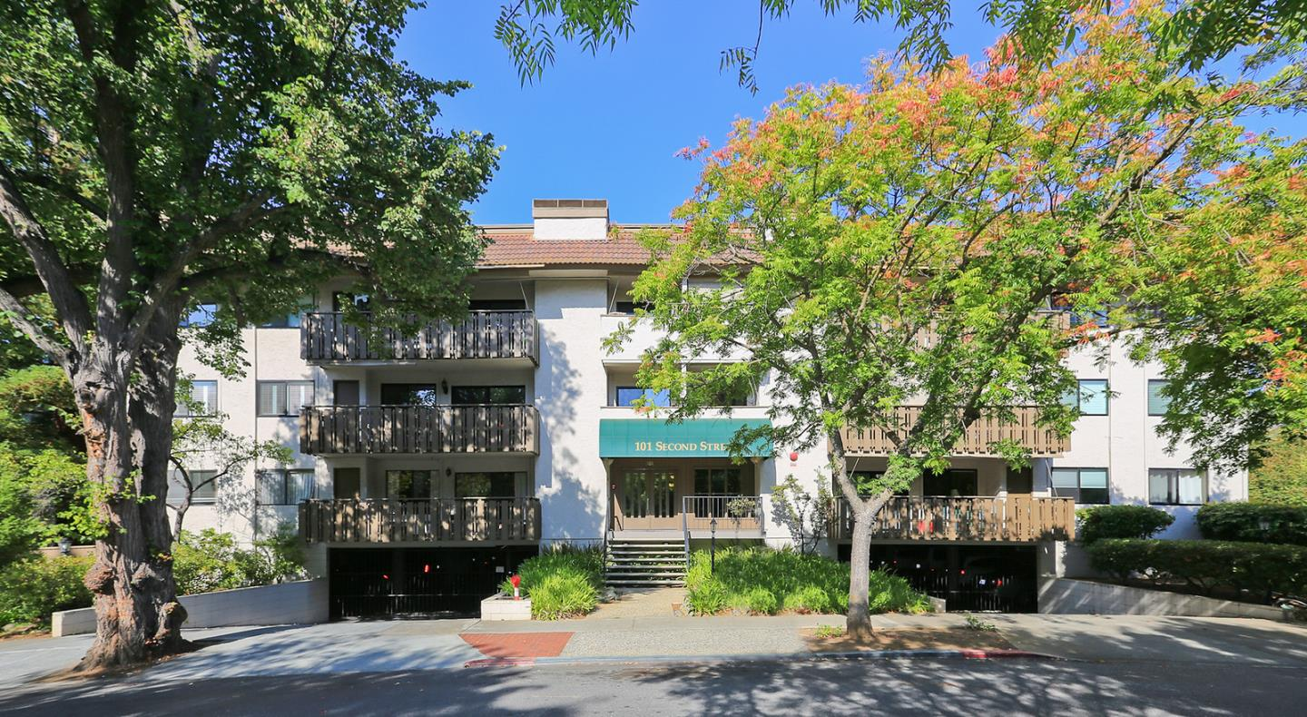 Detail Gallery Image 1 of 1 For 101 2nd St #11, Los Altos, CA 94022 - 1 Beds | 1 Baths