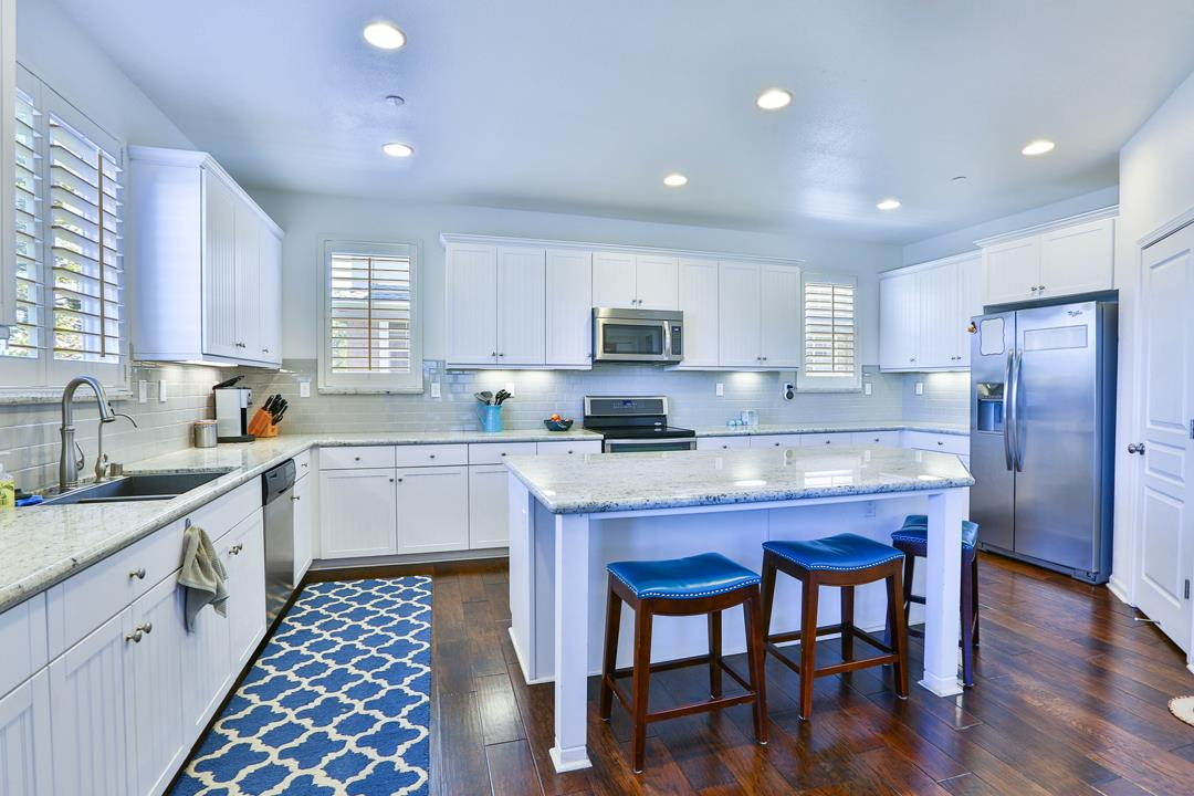 Detail Gallery Image 1 of 1 For 237 Bluebonnet Ln #805, Scotts Valley, CA 95066 - 4 Beds | 3/1 Baths