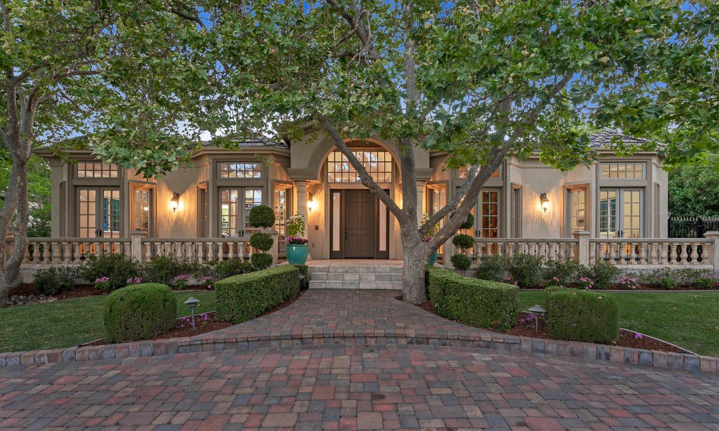 Detail Gallery Image 1 of 35 For 17682 Blanchard Dr, Monte Sereno, CA, 95030 - 4 Beds | 3/1 Baths