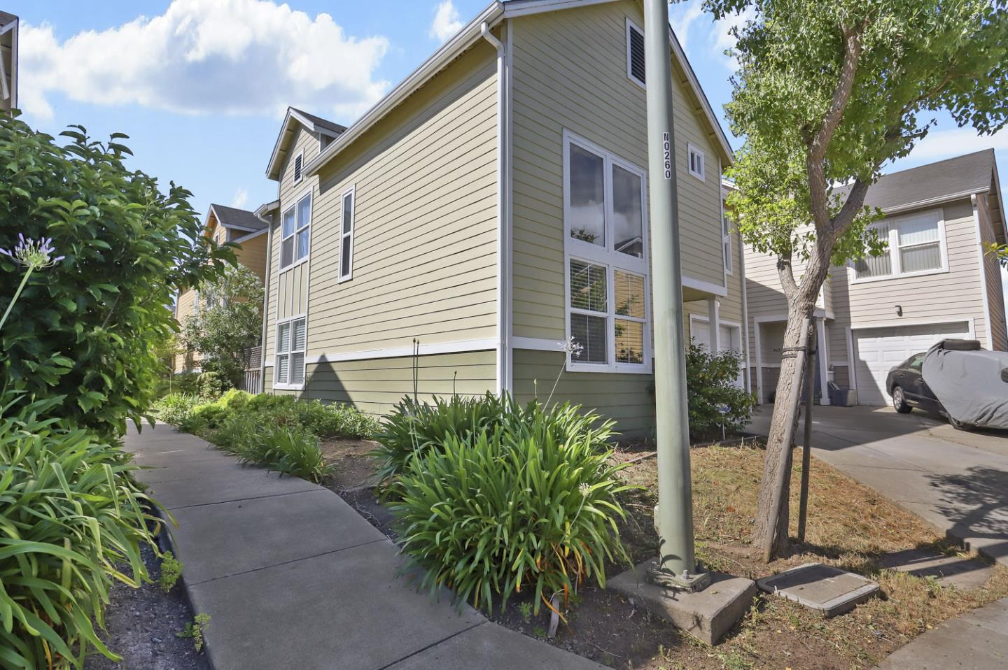 thumbnail image for 9061 Palmera Court, Oakland CA, 94603