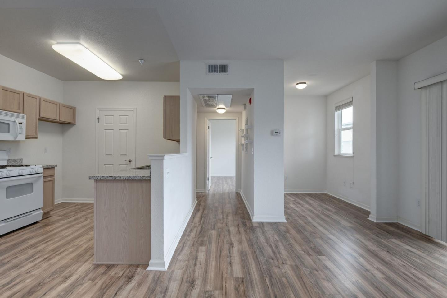 Detail Gallery Image 1 of 1 For 217 Pacifica Blvd #202, Watsonville, CA 95076 - 1 Beds | 1 Baths