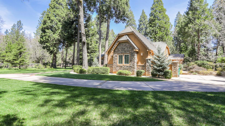 13101 Somerset Drive Grass Valley, CA 95945