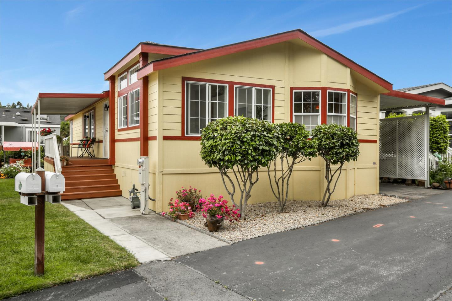 Detail Gallery Image 1 of 41 For 225 Mount Hermon Rd #2, Scotts Valley, CA, 95066 - 3 Beds | 2 Baths
