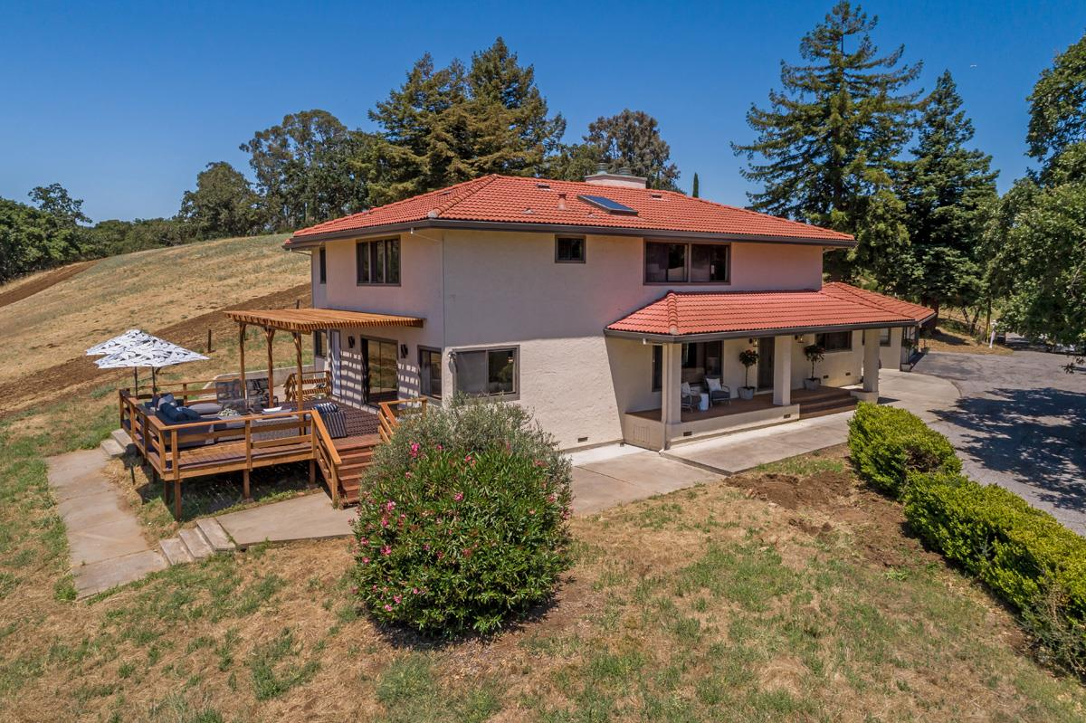 26460 TAAFFE RD, LOS ALTOS HILLS, CA 94022