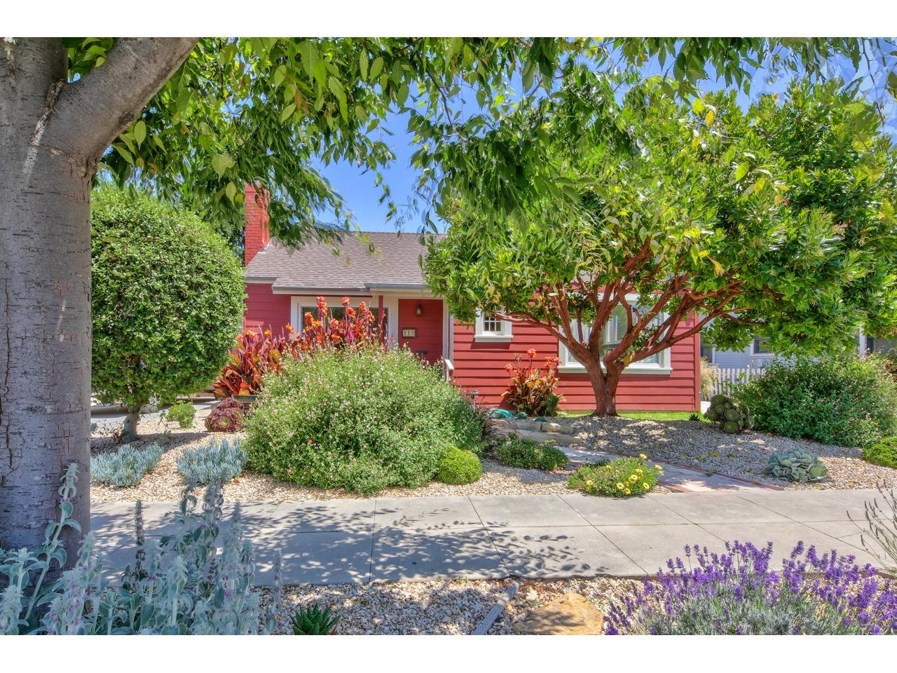 Detail Gallery Image 1 of 1 For 119 Pine St, Salinas,  CA 93901 - 2 Beds | 1 Baths