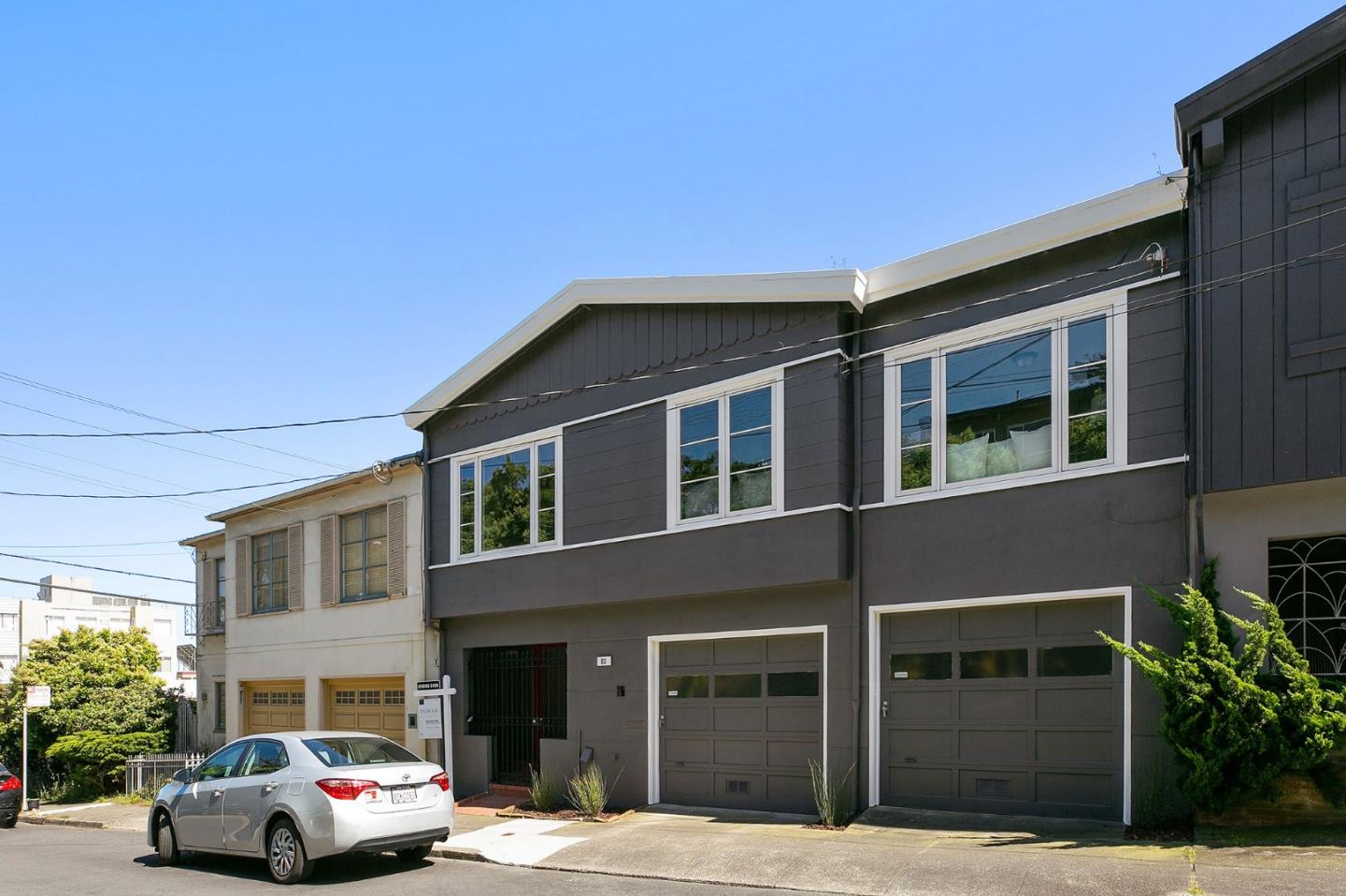 Photo of  80 Dawnview Way San Francisco 94131