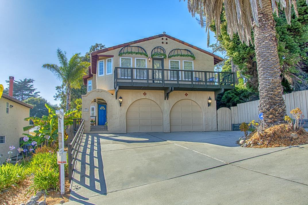 Detail Gallery Image 1 of 20 For 3019 Twin Palms Dr, Aptos, CA, 95003 - 3 Beds | 2/1 Baths