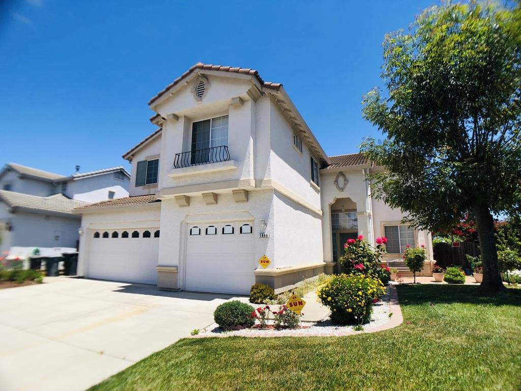 Detail Gallery Image 1 of 1 For 1866 Hemingway Dr, Salinas,  CA 93906 - 4 Beds | 2/1 Baths