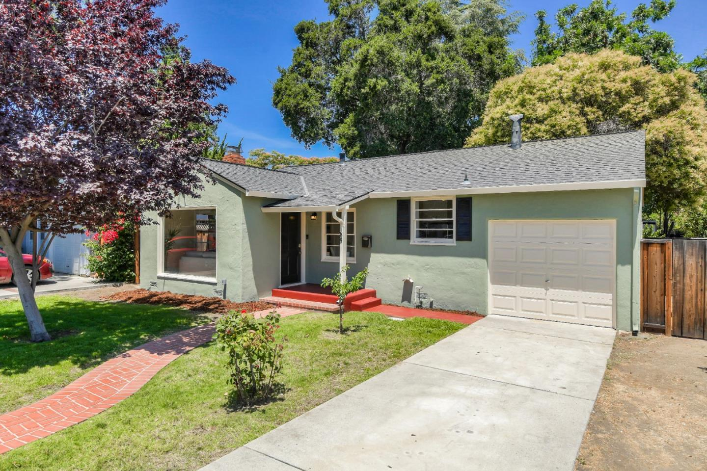 Detail Gallery Image 1 of 15 For 88 Church St, Mountain View, CA 94041 - 2 Beds | 1 Baths