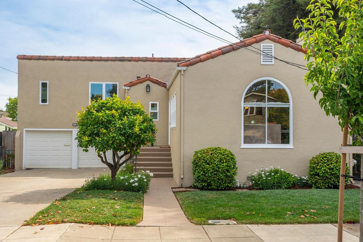 Detail Gallery Image 1 of 1 For 216 Victoria Rd, Burlingame, CA 94010 - 2 Beds | 2 Baths