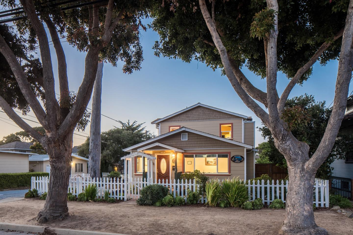 Detail Gallery Image 1 of 1 For 748 Pine Ave, Pacific Grove, CA 93950 - 4 Beds | 2 Baths