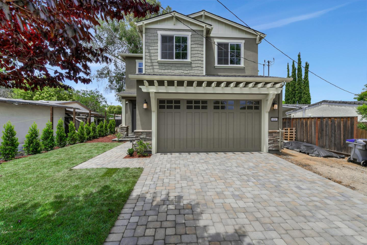 Detail Gallery Image 1 of 1 For 456 Farley St, Mountain View, CA 94043 - 4 Beds | 2/1 Baths