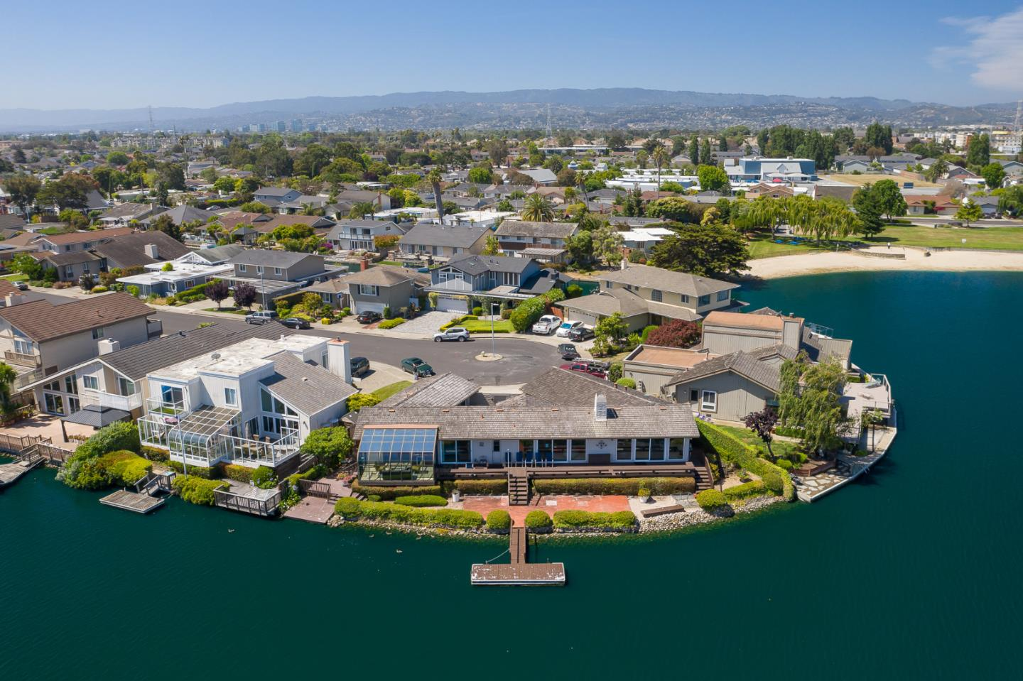 Detail Gallery Image 1 of 1 For 105 Flying Mist Isle, Foster City, CA 94404 - 3 Beds | 2 Baths
