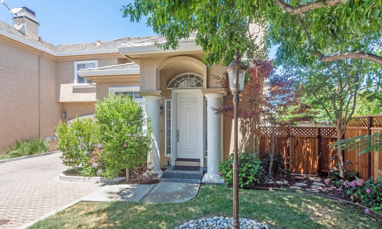 1436 Hoffman LN, CAMPBELL, California