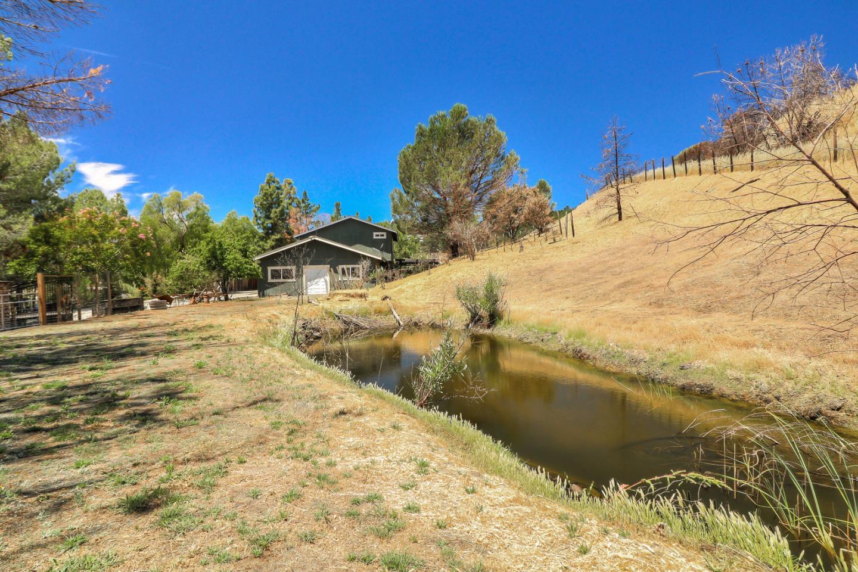 8445 Watsonville Rd Gilroy Ca 95020 4 Beds 3 Baths