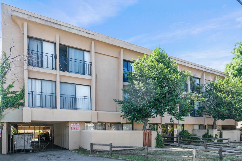 348 4th AVE Redwood City, CA 94063