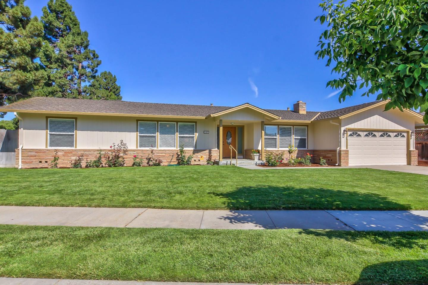 Detail Gallery Image 1 of 1 For 1003 Baywood Pl, Salinas,  CA 93901 - 3 Beds | 2 Baths