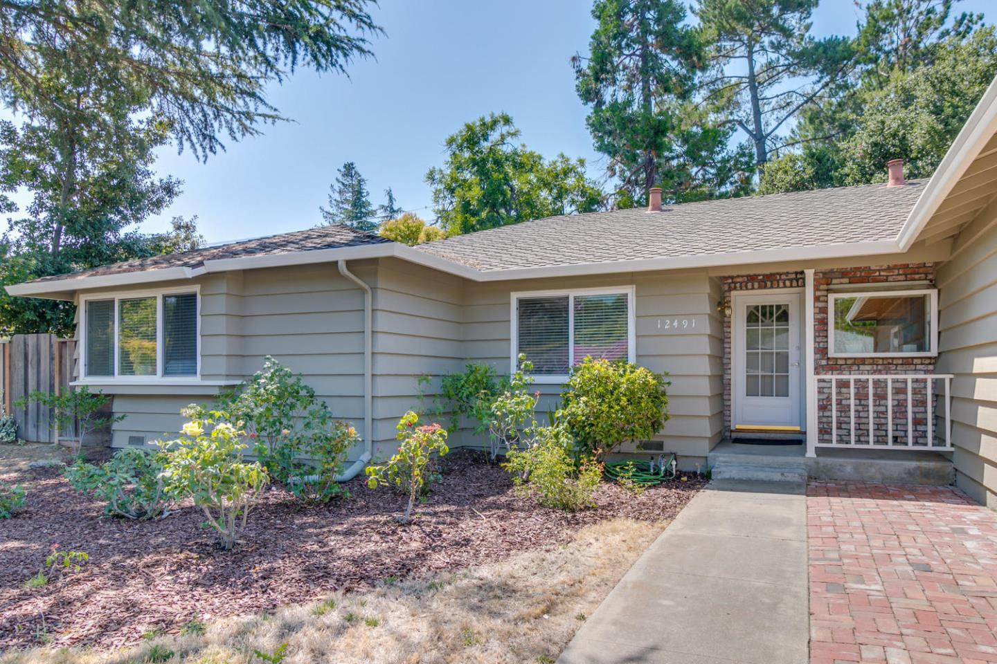 Detail Gallery Image 1 of 1 For 12491 Palmtag Dr, Saratoga, CA 95070 - 4 Beds   2/1 Baths