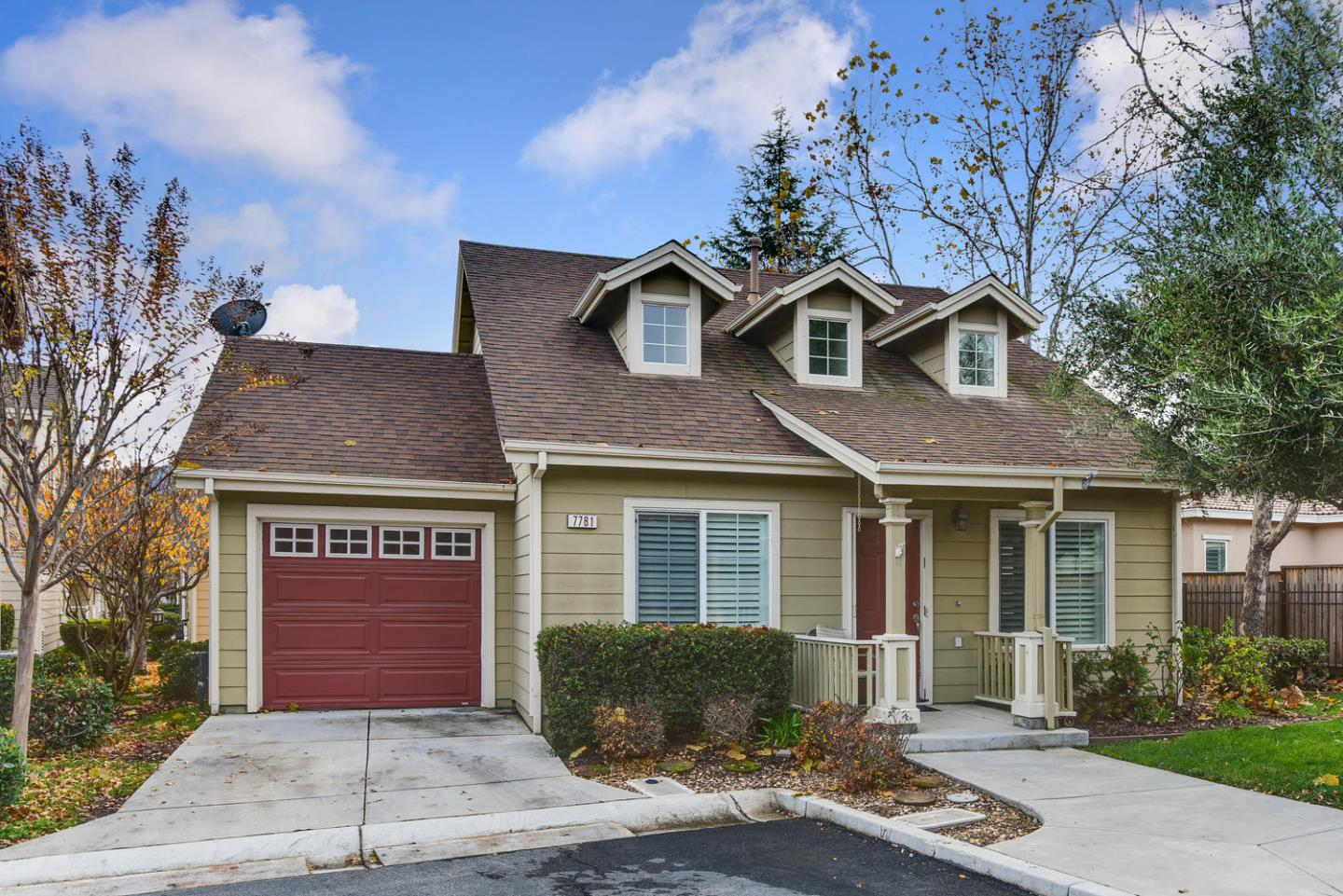 Detail Gallery Image 1 of 1 For 7781 Isabella Way, Gilroy, CA 95020 - 2 Beds | 2 Baths