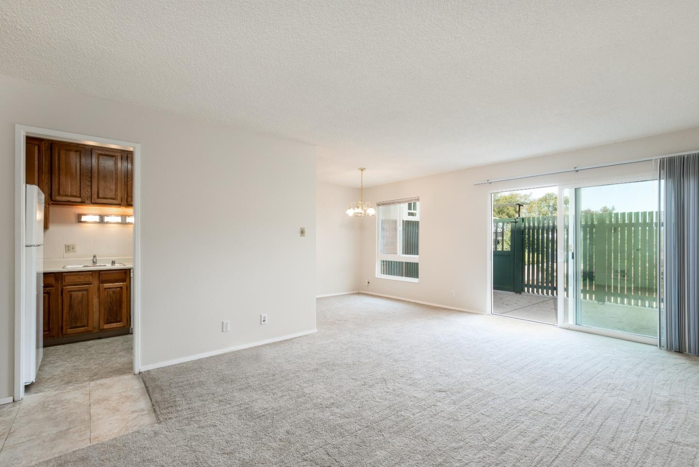 Detail Gallery Image 1 of 1 For 802 N Delaware St #206, San Mateo, CA 94401 - 2 Beds | 1 Baths